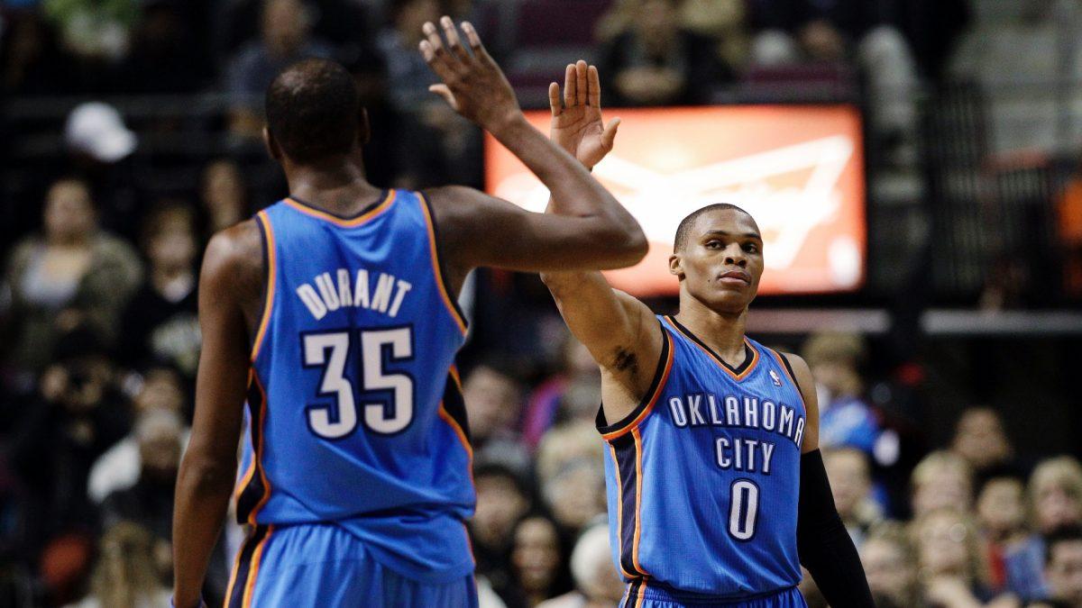 Durant e Westbrook con la maglia di OKC