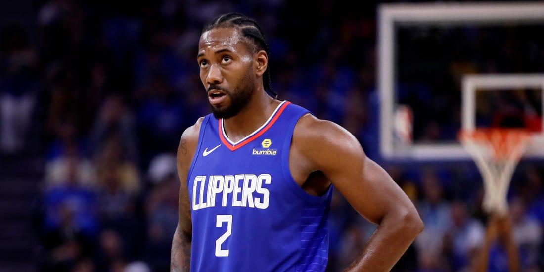 Kawhi Leonard in azione coi Clippers