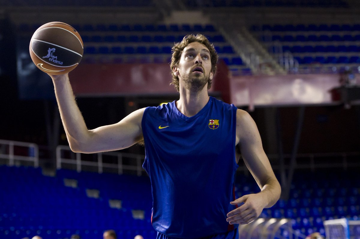 Pau Gasol con una divisa d'allenamento del Barcellona