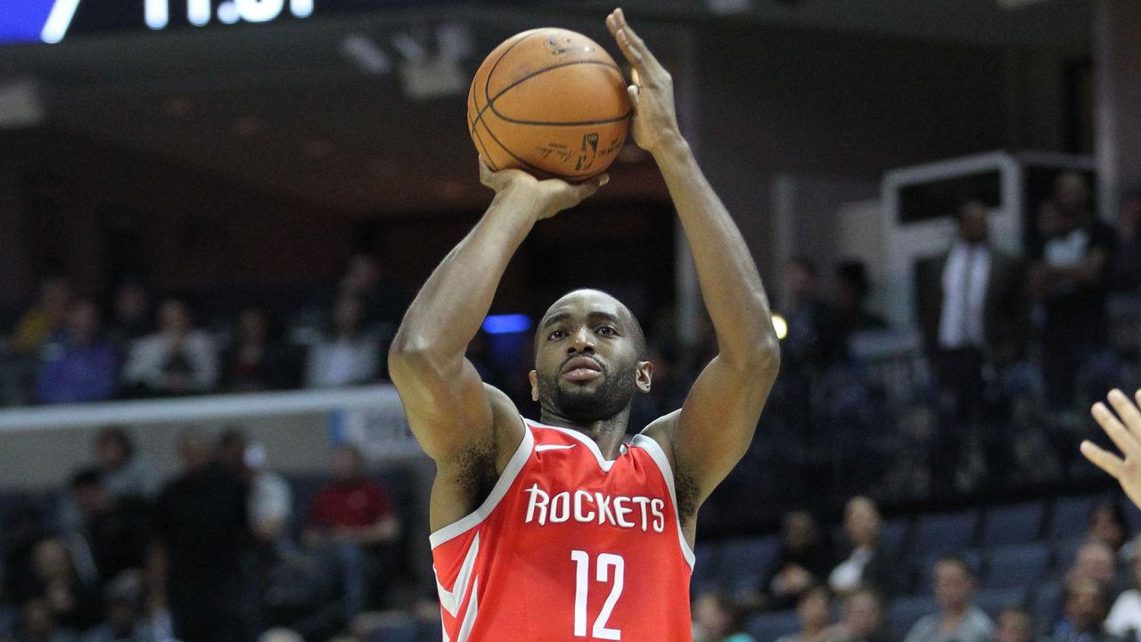 Mbah a Moute Ala dei Rockets