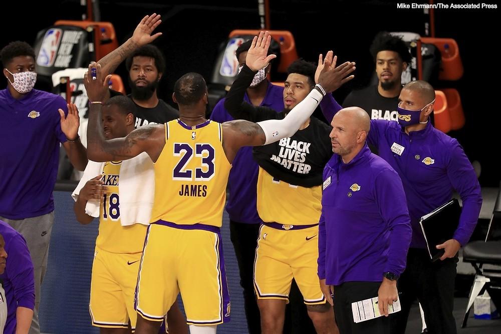 Lakers e Blazers non scendono in campo per gara 5