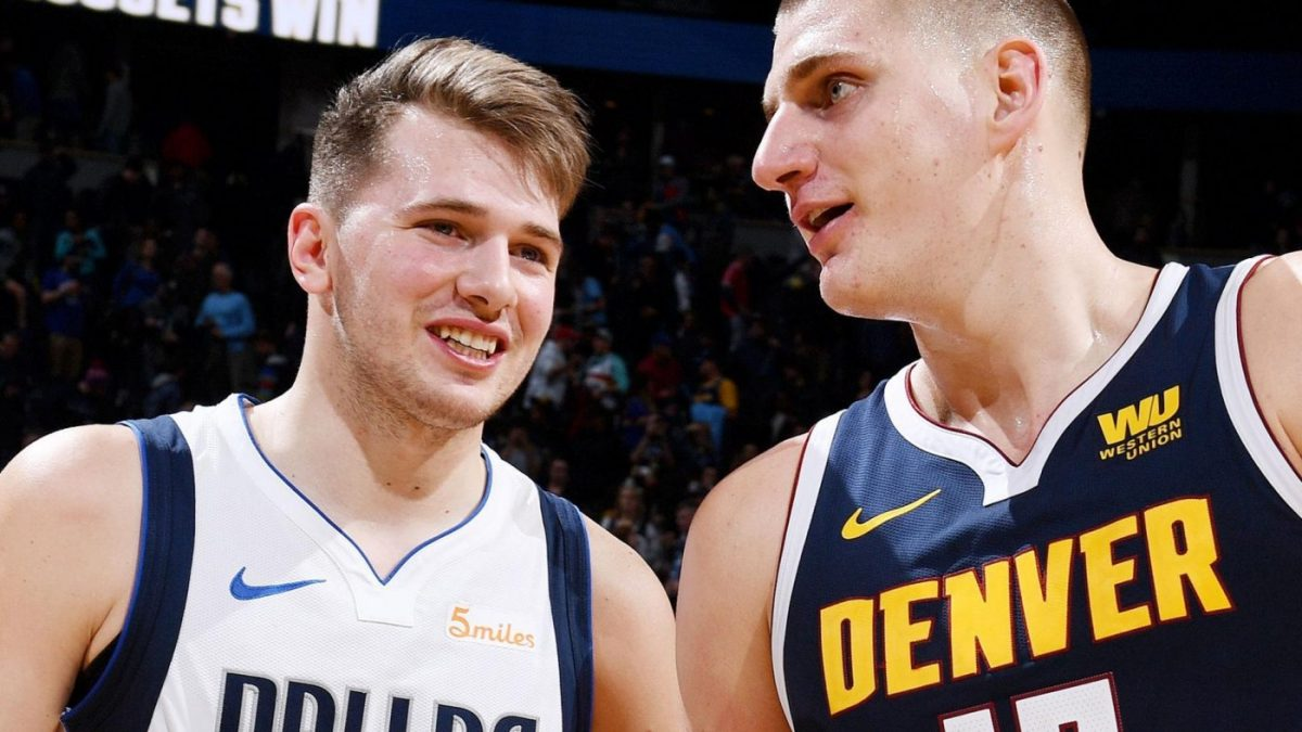 Jokic e Doncic in campo