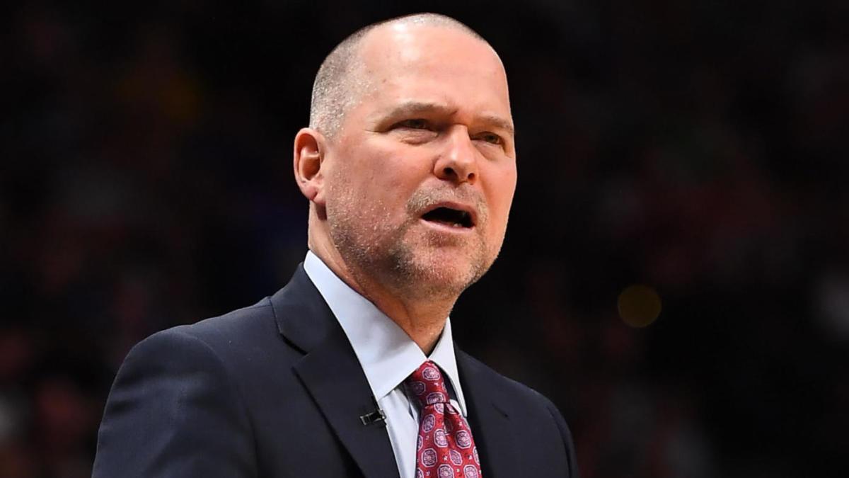 Coach Malone critica la NBA