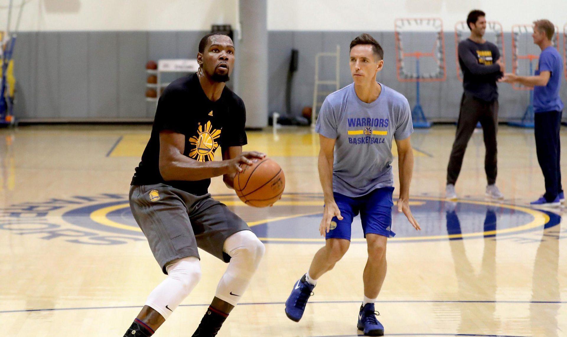 Nash e Durant in allenamento