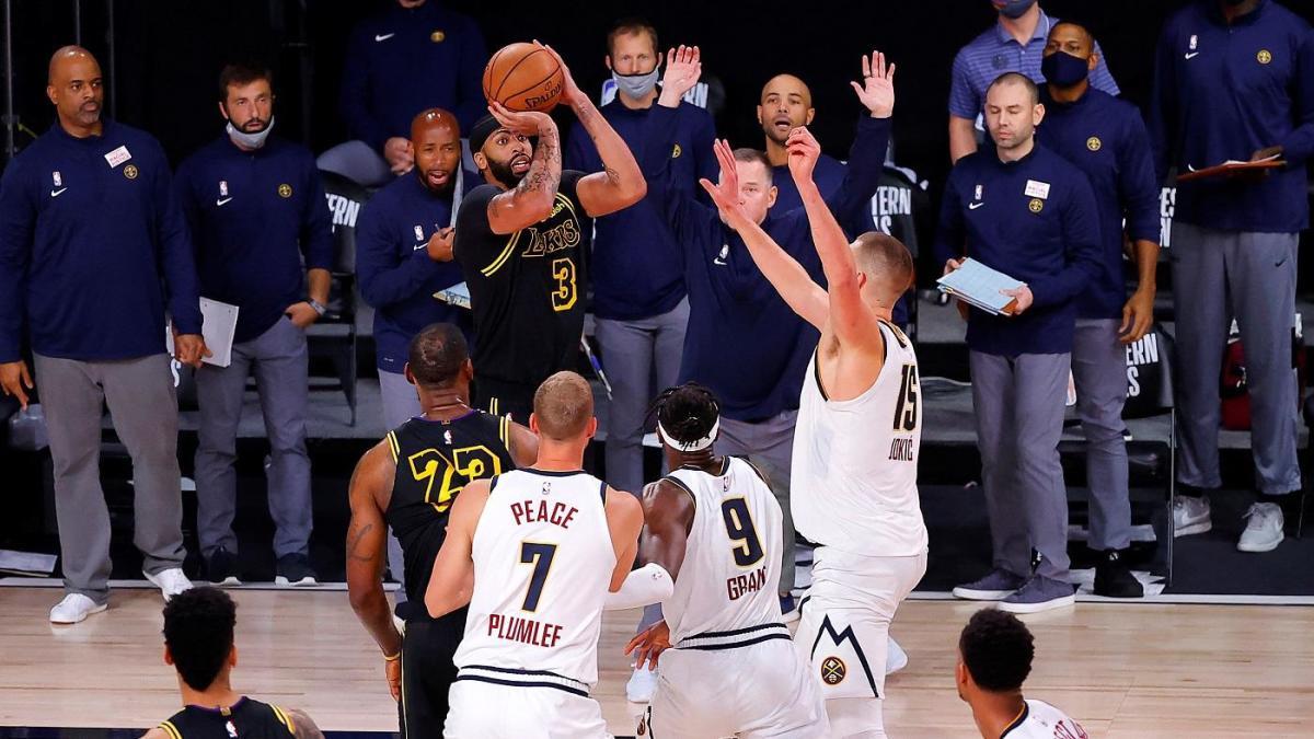 I Lakers salgono sul 2 a 0 grazie alla bomba di Davis