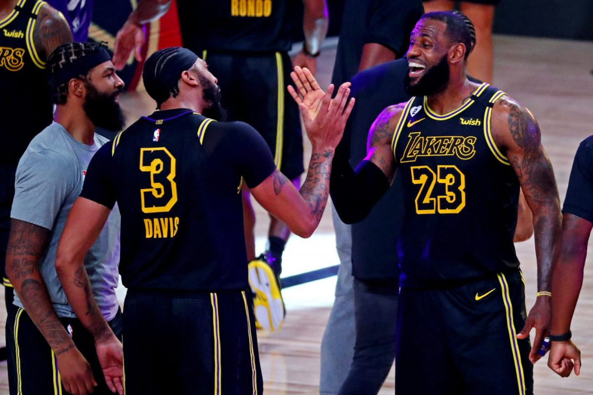 LeBron James elogia Davis dopo la vittoria coi Nuggets