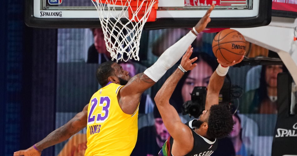 LeBron James stoppa Jamal Murray