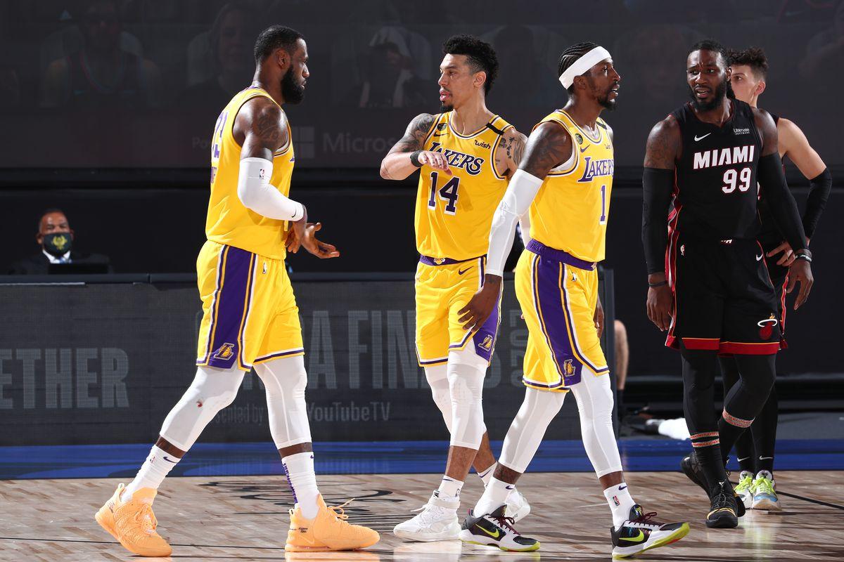 I Lakers vincono gara 4