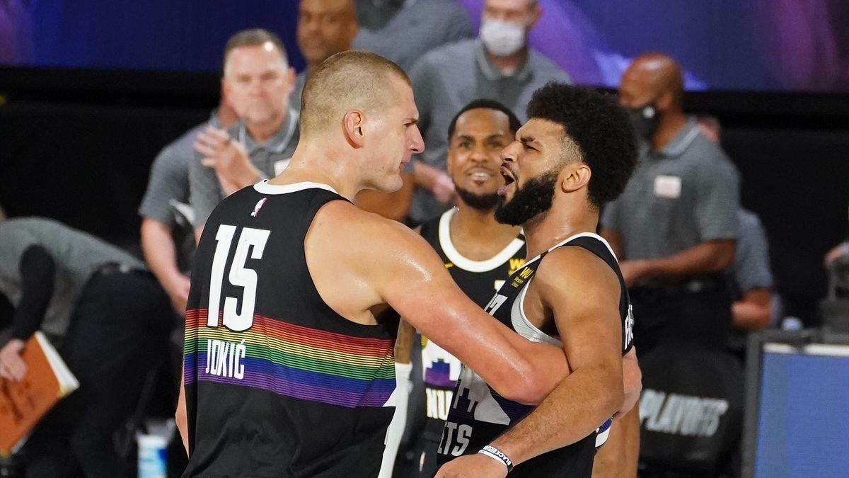 Nikola Jokic e Jamal Murray esultano dopo l'eliminazione dei Clippers