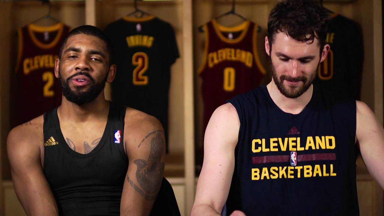 Kevin Love con Kyrie Irving