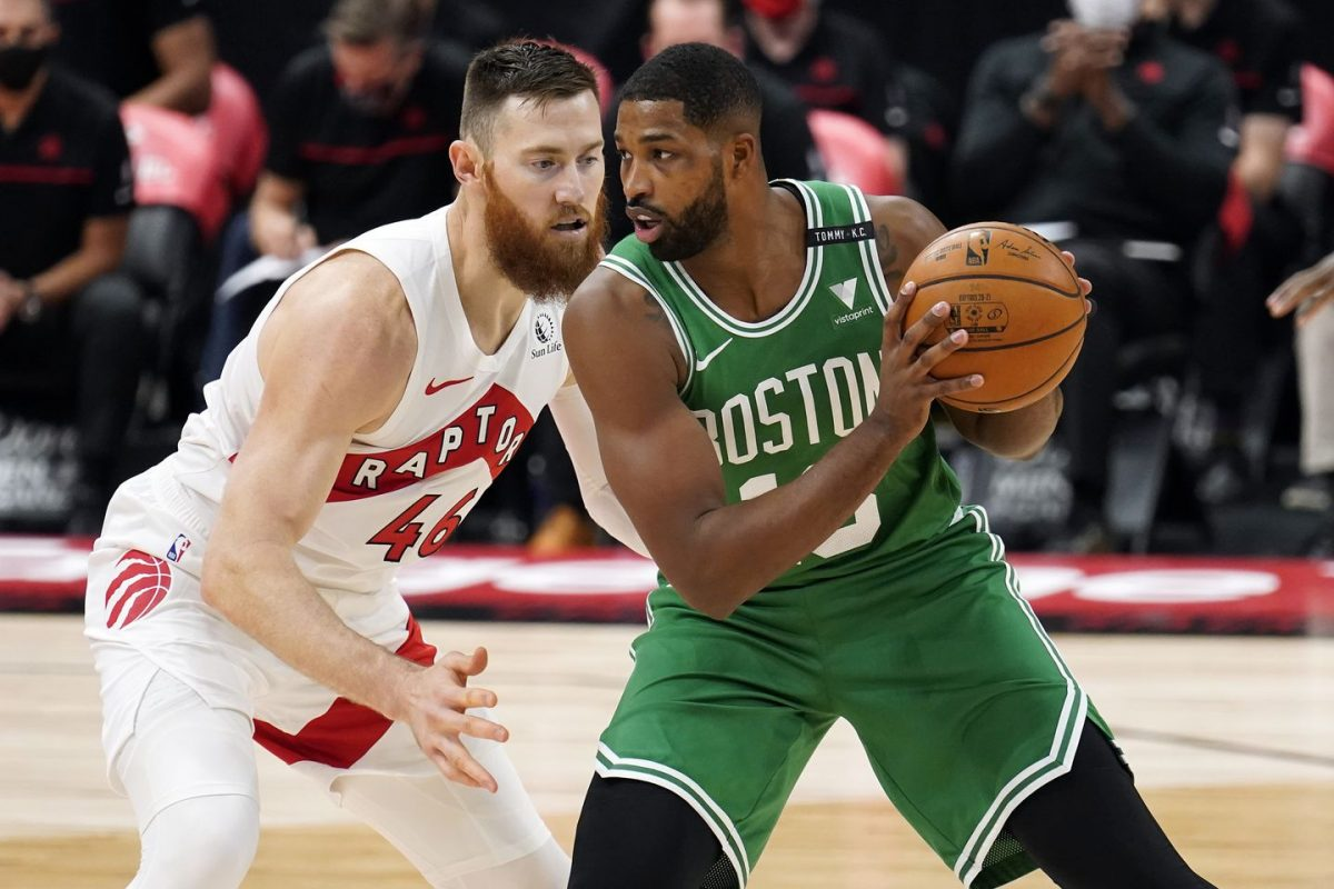 Tristan Thompson in maglia Celtics