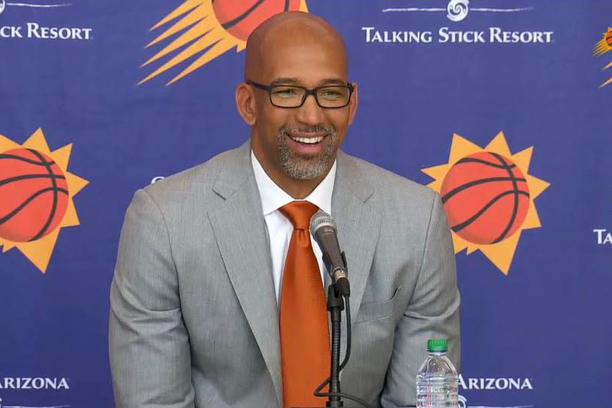Williams sulla panchina dei Suns