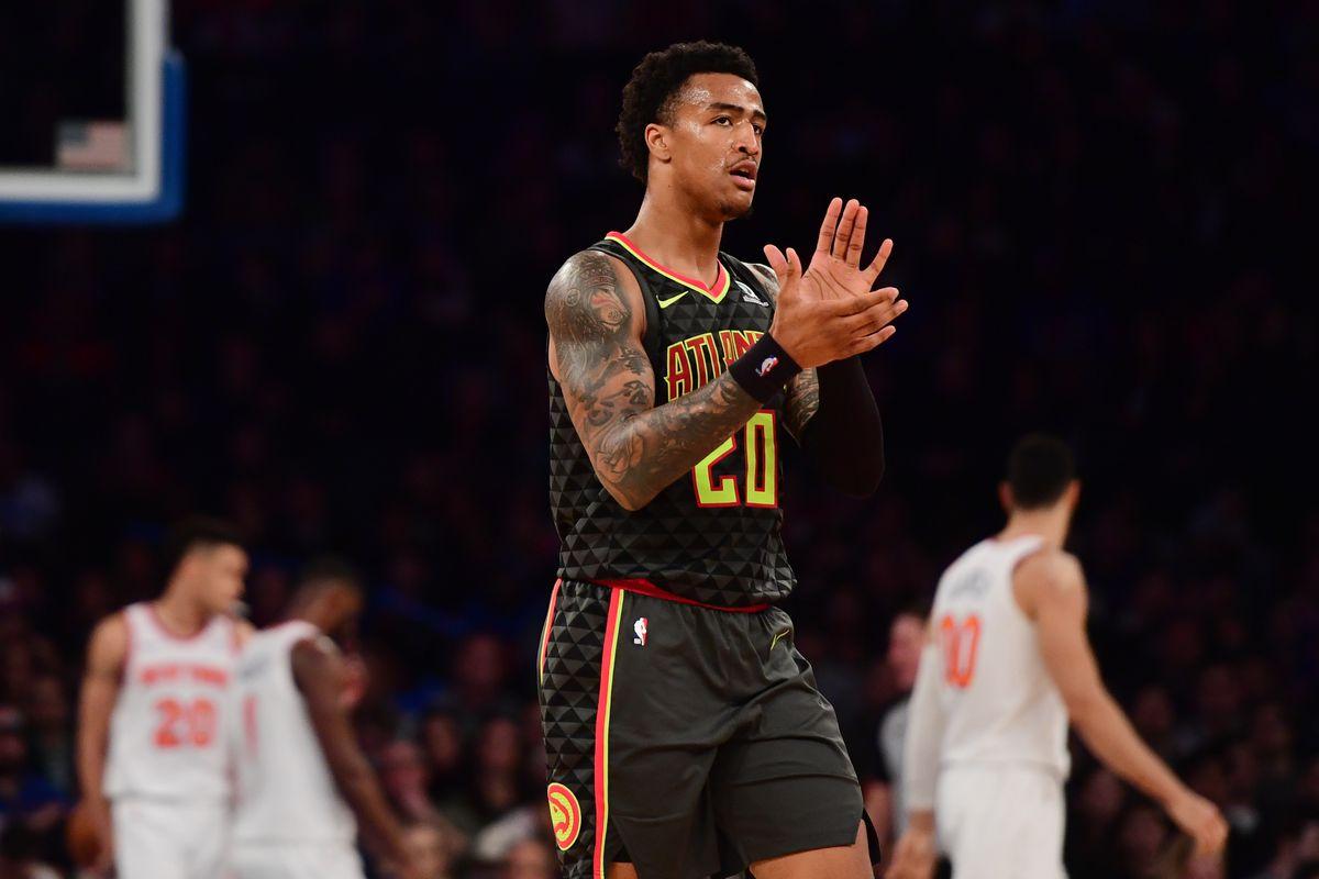 Collins in azione con gli Hawks