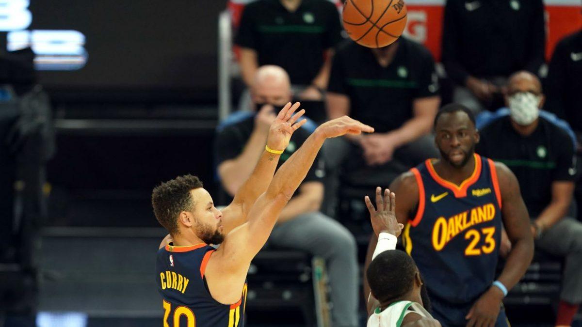 Stephen Curry al tiro