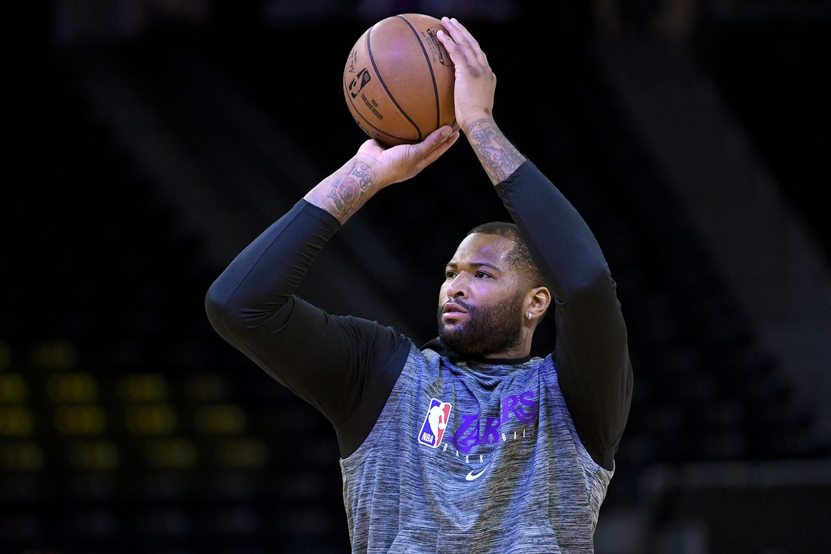 DeMarcus Cousins si riscalda coi Lakers