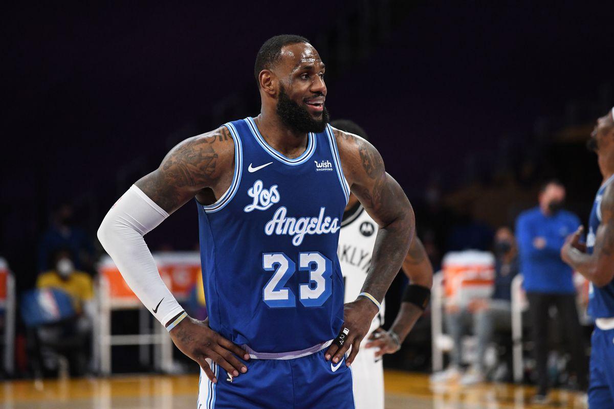 LeBron James contro i Brooklyn Nets