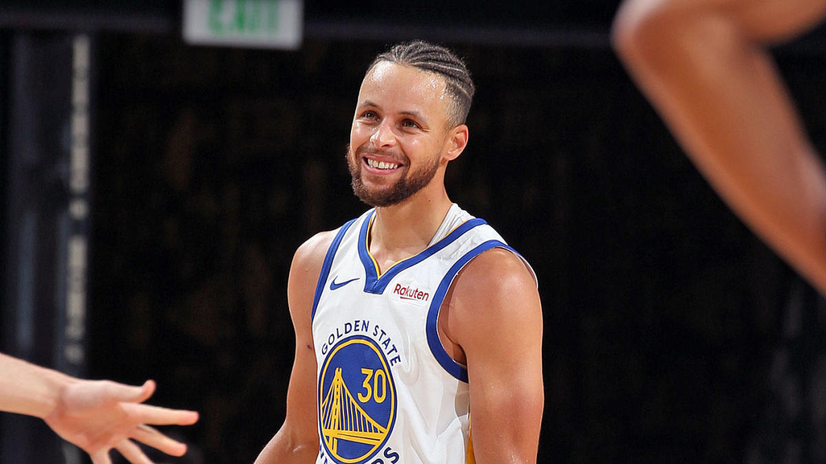 Stephen Curry che sorride