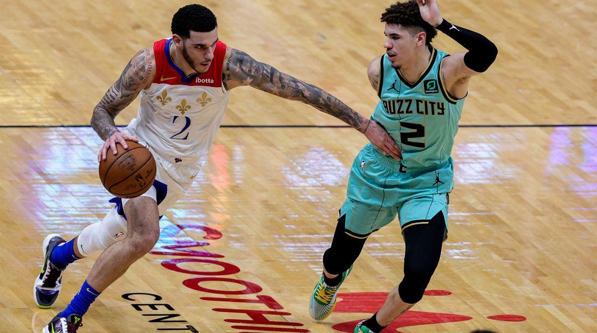 Lonzo e Lamelo Ball in una recente partita NBA