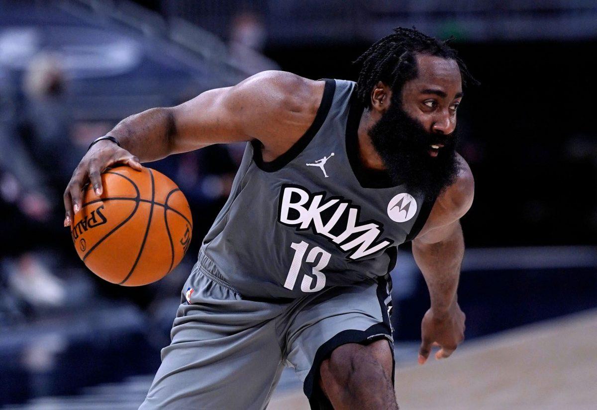 James Harden in azione coi Brooklyn Nets