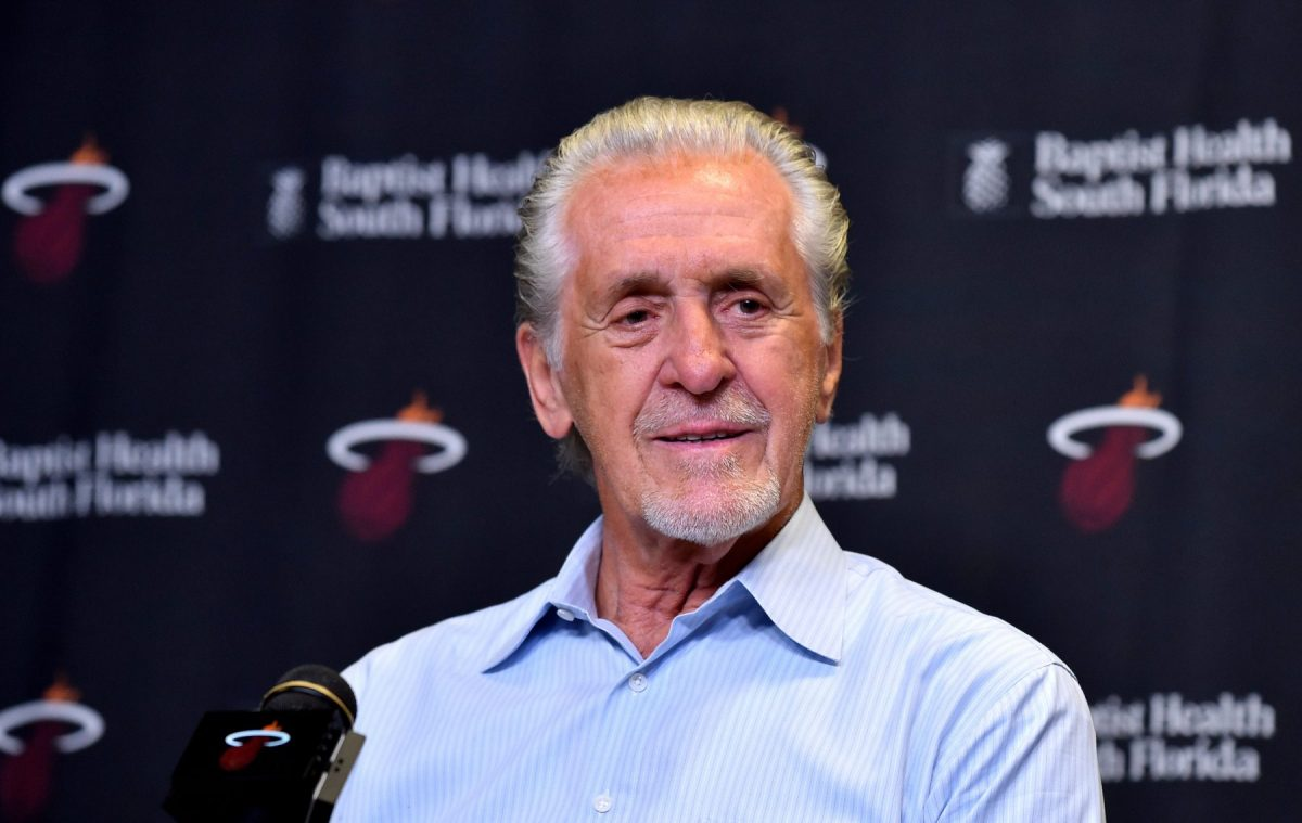 Pat Riley in conferenza stampa