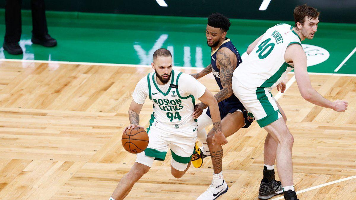Evan Fournier al suo esordio in maglia Celtics