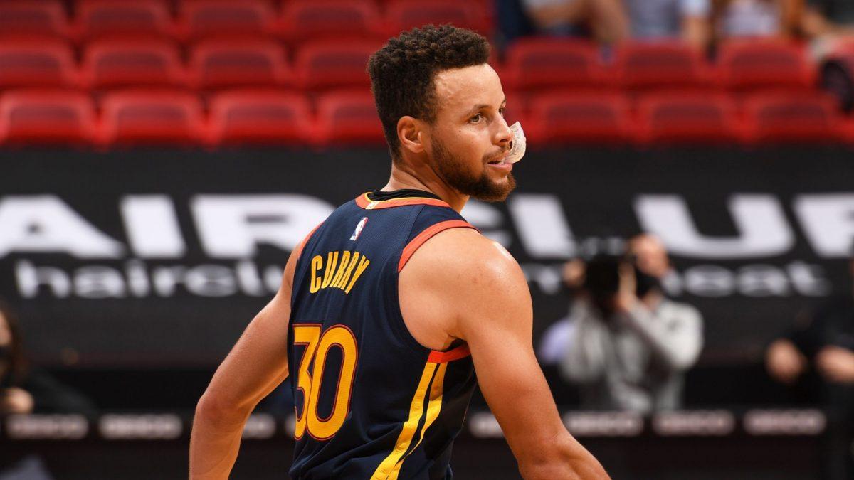 Stephen Curry contro i Miami Heat