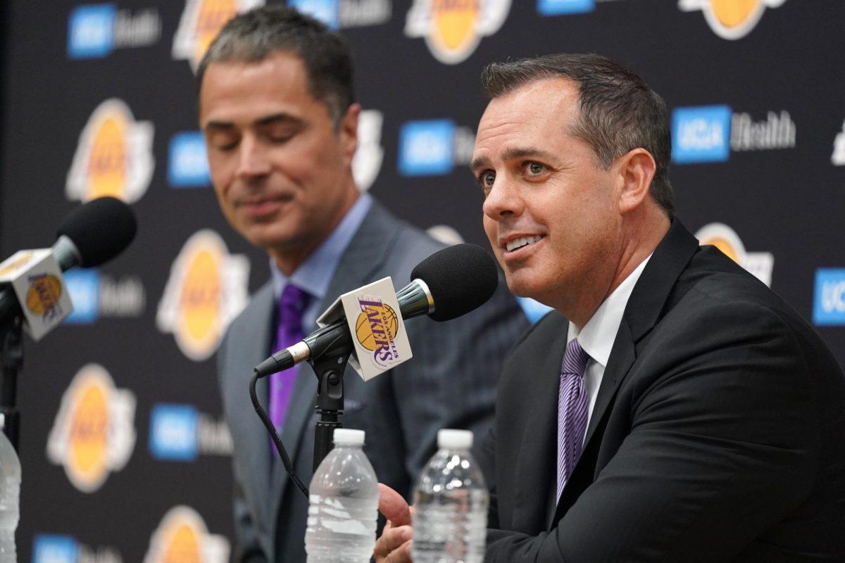 Vogel in conferenza stampa