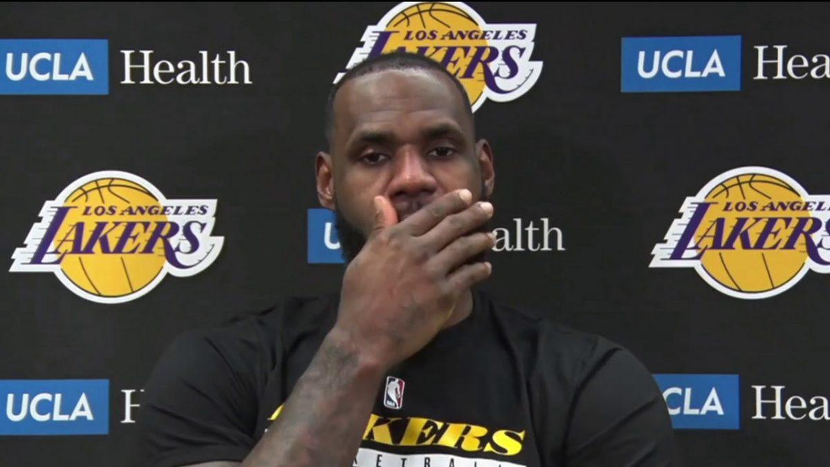 LeBron James in conferenza stampa