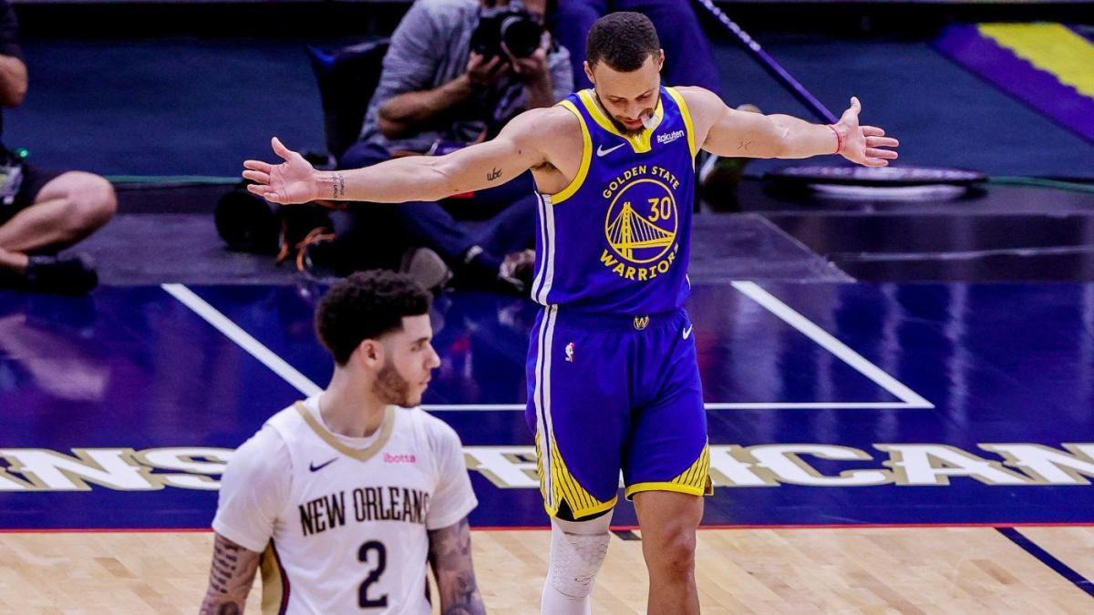 Stephen Curry a braccia aperte