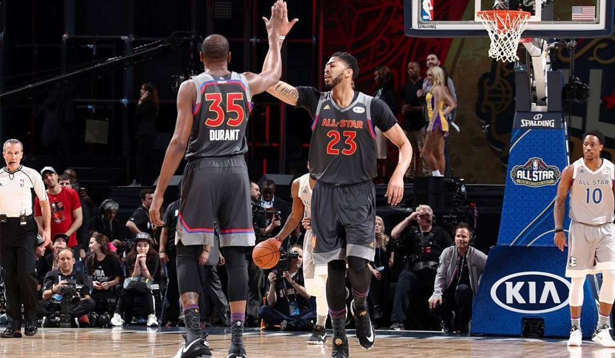 Kevin Durant e Anthony David durante l'All-Star Game
