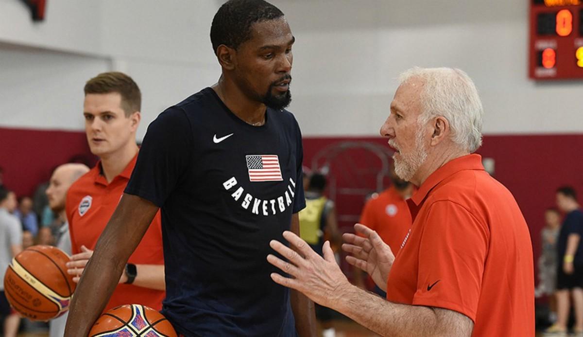 Kevin Durant e Gregg Popovich