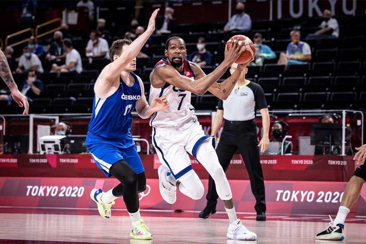 Kevin Durant attacca la difesa