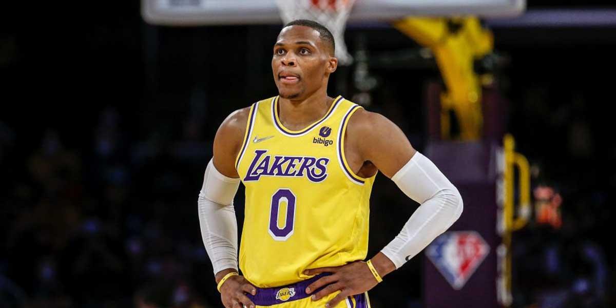 Russell Westbrook al debutto stagionale con la maglia dei Lakers